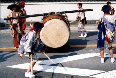 28.Big drums